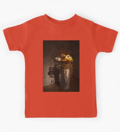 Displaying Mother Nature's Autumn Abundance of Flowers and Colors Kids Tee