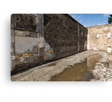 Reflecting on Ancient Pompeii - Quiet Sunny Courtyard Canvas Print