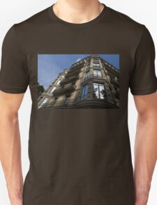 Barcelona's Marvelous Architecture - Passeig de Gracia Facade Unisex T-Shirt