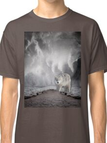 Wolf in the Middle of a Storm Classic T-Shirt
