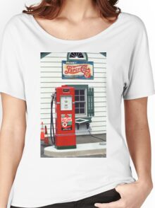 Route 66 - Illinois Vintage Pump Women's Relaxed Fit T-Shirt