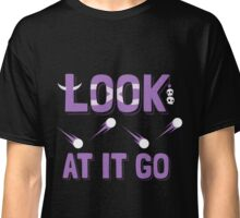 """Look at it go!"" Witch Doctor catchphrase Classic T-Shirt"