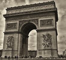 Arc de Triomphe by Brendan Buckley