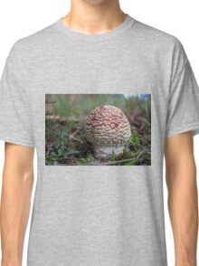 Red and White Toadstool Classic T-Shirt