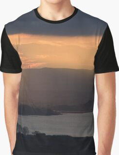 Sunset over Lago Chiusi in panorama From Vaiano, Umbria, Italy Graphic T-Shirt