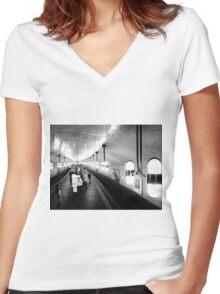 Berlin's metro - subway Women's Fitted V-Neck T-Shirt
