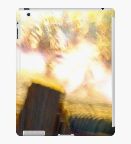 ABSTRACT BLURRED LANDSCAPE iPad Case/Skin