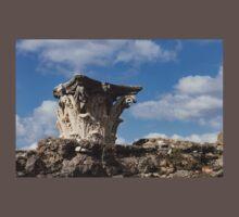 Ancient Pompeii Broken Treasures - Classical Corinthian Column Capital Left  One Piece - Short Sleeve