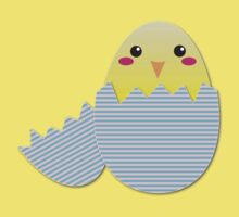 Super cute chicken in a broken egg Kids Tee