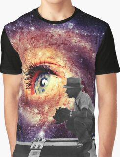 Watch me universe  Graphic T-Shirt
