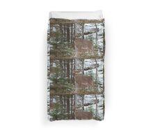 Bullet - White-tailed deer Duvet Cover