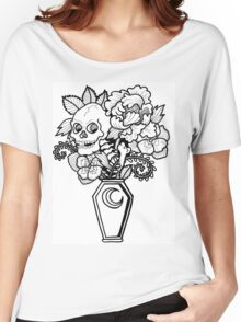 Bouquet Decay: Memento Mori Women's Relaxed Fit T-Shirt