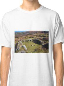 Hundatora Classic T-Shirt