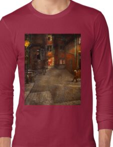 City - Germany - On a corner street 1904 Long Sleeve T-Shirt