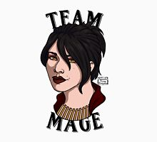 Team Mage Morrigan Unisex T-Shirt