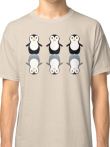 THREE PENGUINS ON ICE Classic T-Shirt