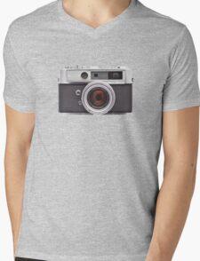 YASHICA Mens V-Neck T-Shirt