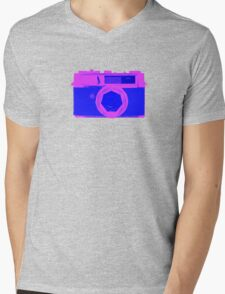 YASHICA Illustration Pink & Blue Mens V-Neck T-Shirt