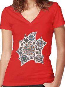 Casper Women's Fitted V-Neck T-Shirt