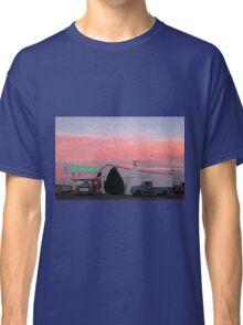 Nostalgic Motel Under Arizona Sunset Classic T-Shirt