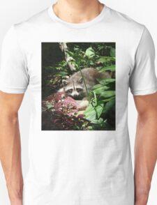 CATCHING A FEW RAYS Unisex T-Shirt