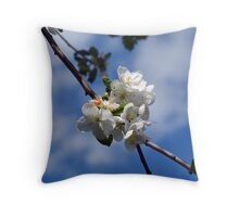 apple flowers Throw Pillow