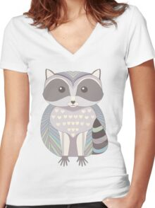 Raccoon Women's Fitted V-Neck T-Shirt