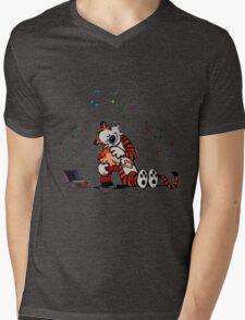 Lovely Calvin and Hobbes Listen Music Mens V-Neck T-Shirt