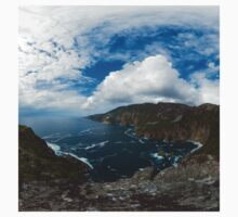 Bunglas - Highest Sea Cliffs in Europe? Kids Tee