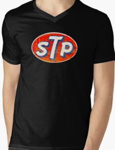 STP oil additives vintage Mens V-Neck T-Shirt