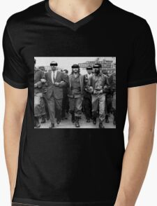 Classified Che Mens V-Neck T-Shirt