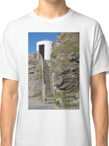 The Lower Pilots Lookout at Portreath Classic T-Shirt