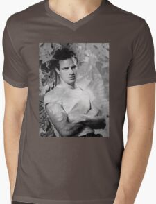 Johnny Strabler goes to Hollywood Mens V-Neck T-Shirt
