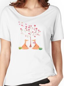 Foxes under a love tree Women's Relaxed Fit T-Shirt