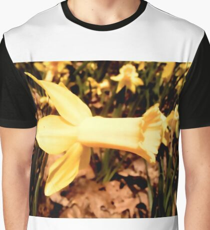 Daffodil Cheer Graphic T-Shirt