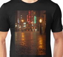 Kyoto rainy night Unisex T-Shirt