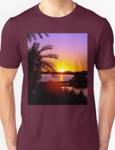 Sun's goodnight kiss Unisex T-Shirt