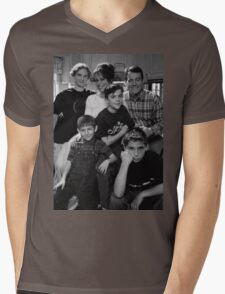Malcolm in the Middle B&W photo Mens V-Neck T-Shirt