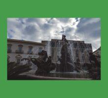 La Fontana di Diana - Fountain of Diana Silver Jets and Sky Drama Kids Tee