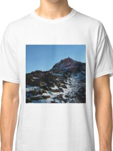 To the Top of Snowdon Classic T-Shirt