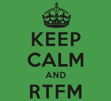Keep Calm Geeks: RTFM One Piece - Short Sleeve