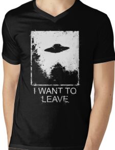I want to leave Mens V-Neck T-Shirt