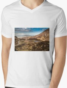 Mamore Gap Co. Donegal Mens V-Neck T-Shirt