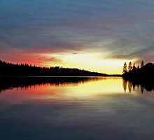 Sunset on Rollins Lake by Patty Boyte