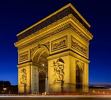 Arc de Triomphe by Randy  LeMoine