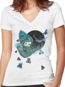 Forest eyes Women's Fitted V-Neck T-Shirt