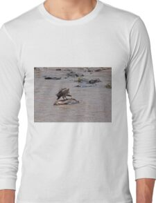 Vulture on carcase in the Mara River Long Sleeve T-Shirt