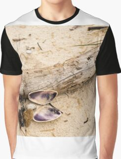 Beachcomber Graphic T-Shirt