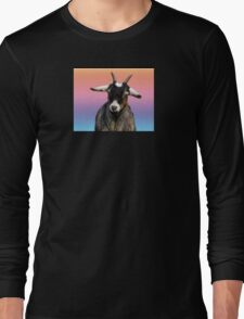 Baby goat on a rainbow background Long Sleeve T-Shirt