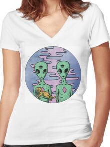 Alien Twins Women's Fitted V-Neck T-Shirt